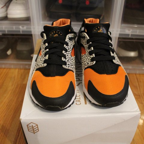 774ddf741a10f Nike Air Huarache Run Safari orange and black