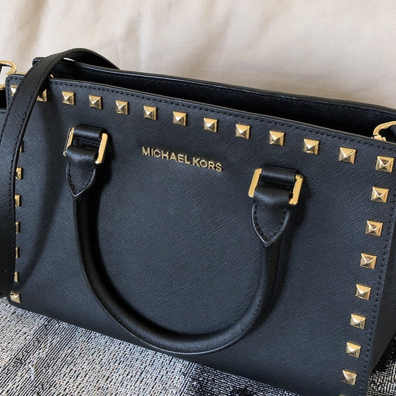 Michael Kors Bag Hamilton large, Saffiano blackgold