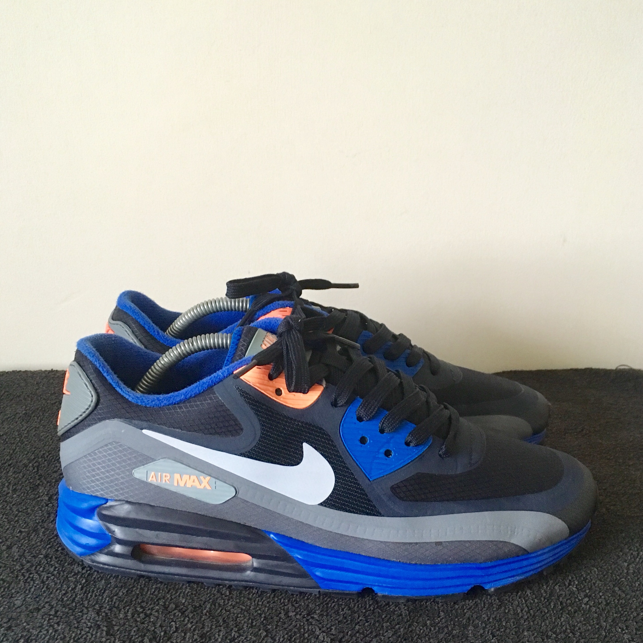 Nike Air Max 90 Size 8 Condition- very