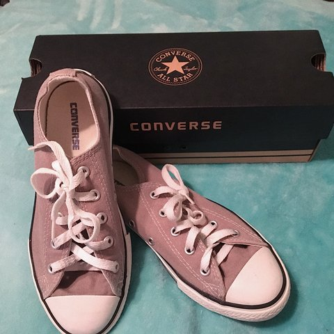 f19a66ac97e766 GREY CONVERSE.    Youth size 3 which is equivalent to a and - Depop