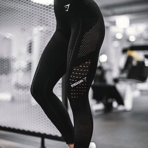 2a89eb3160205 @tara123n. 3 months ago. Bath, United Kingdom. Gymshark XS black flawless  knit leggings.