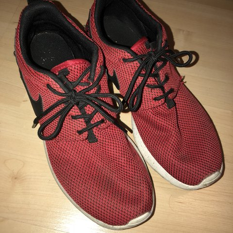 4d7350a72b731 Red and black nike roshe runs. childs size 5.5 youth