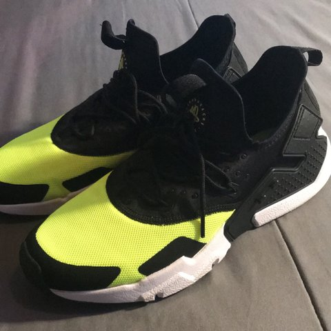eb1a12452615 Nike Air Huarache Neon Yellow Size  US 8.5 Great Barely - Depop