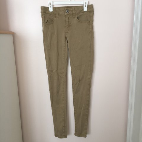 5d77016261af72 @lgmttc. last year. Selinsgrove, United States. Super stretch American  Eagle skinny legging-khakis. Size 00 ...