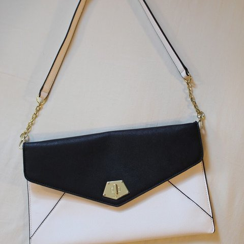 a3c23c612 ... theglamclam 10 months ago los angeles united states black and white nine  west purse ...