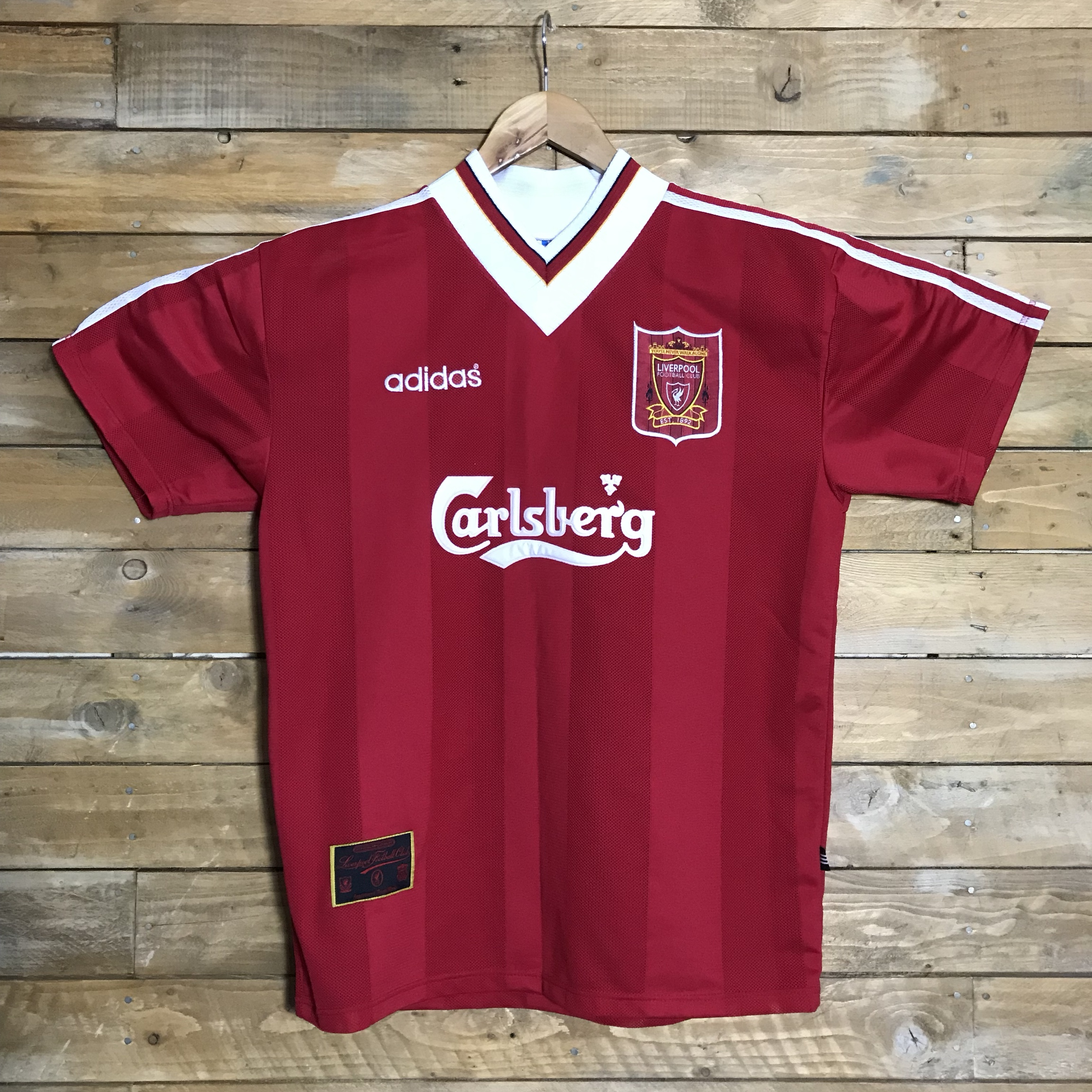 newest 5fa47 7c4b3 Vintage Liverpool shirt. 95/96 home kit.... this is...