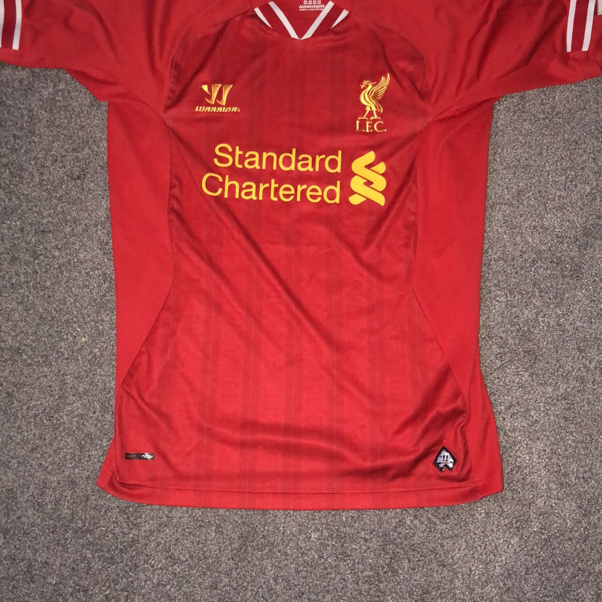 brand new 8cad4 ceb4e 2016/17 Red Liverpool Kit Size S great for a... - Depop