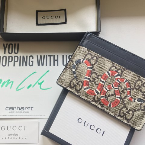 b765bbeb8a24 @iri_pre. 11 months ago. Harpenden, United Kingdom. Authentic Gucci Snake  CardHolder 🐍