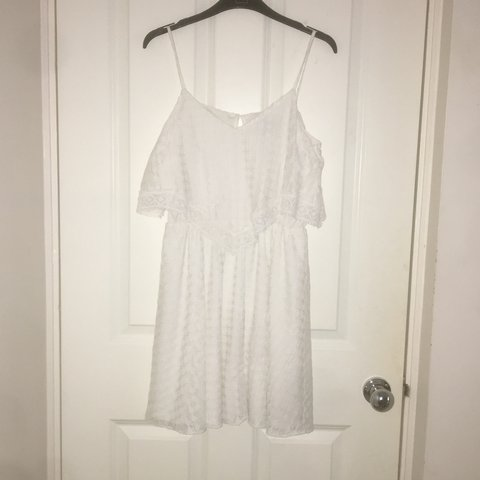 bbe73cd722d white lace flowing dress very pretty worn very few good - as - Depop