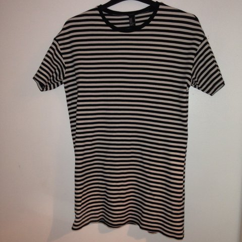5eed2394701d @hanpeacock. 3 years ago. Liverpool, Merseyside, UK. Striped Oversized T-Shirt  Dress // Forever 21 ...