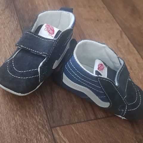 ee15a92711 Baby vans soft bottom shoes never worn 3.5 uk infant. No £35 - Depop