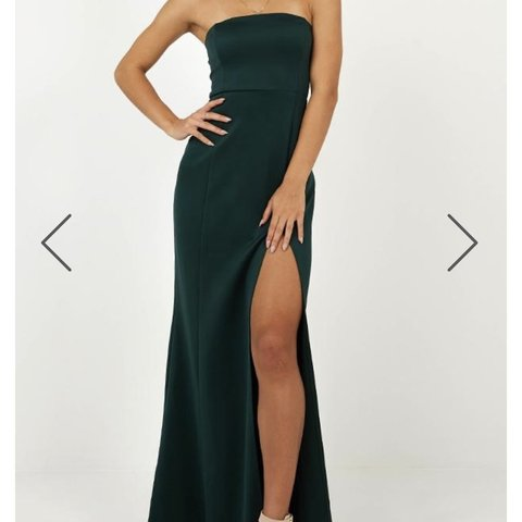 b836142b247 Showpo Emerald Green Prom Dress!    Size 4    Brand New with - Depop