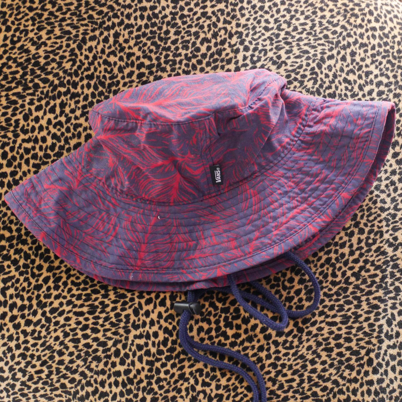 ON HOLD • Vans bucket   fishing hat sized as a large but - Depop e25204f6e34