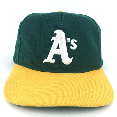80ee2f9be28de  209greatbeginnings. 3 months ago. United States. Vintage 1980s Sports  Specialties Oakland A s SnapBack Hat