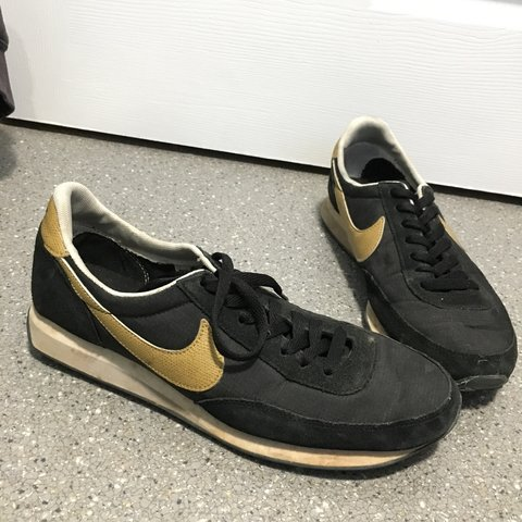 0bf4bcfea7100 Nike mens size 8 trainers. Used but in good condition
