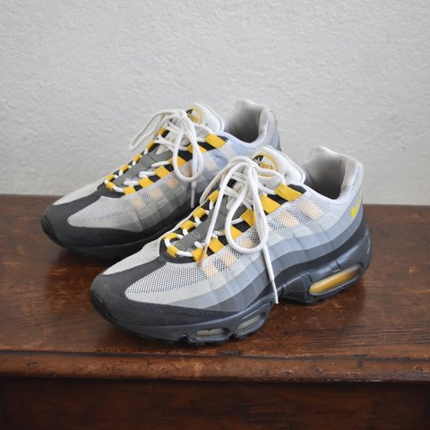 2013 Nike Air Max 95 No Sew Varsity Maize. Size 9.5 mens. on - Depop 648851a79