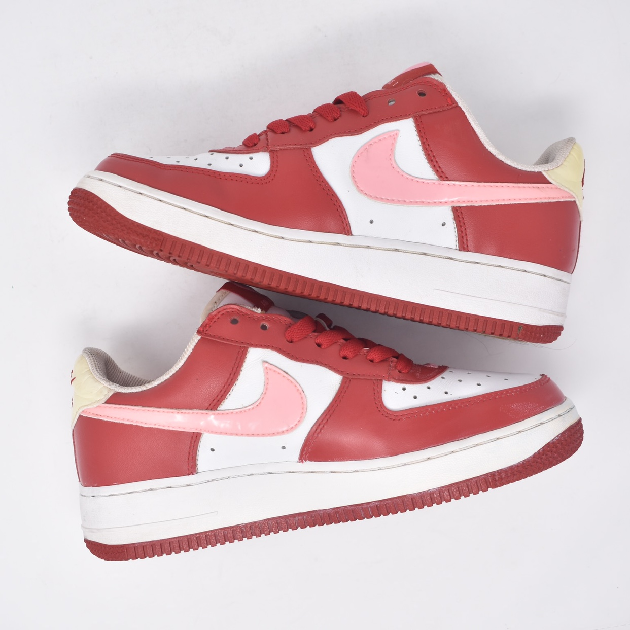 air force 1 valentine's day 2005