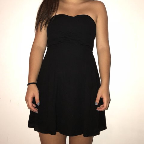 85e855d7a25 Black strapless mini dress from Express. Fitted around the a - Depop