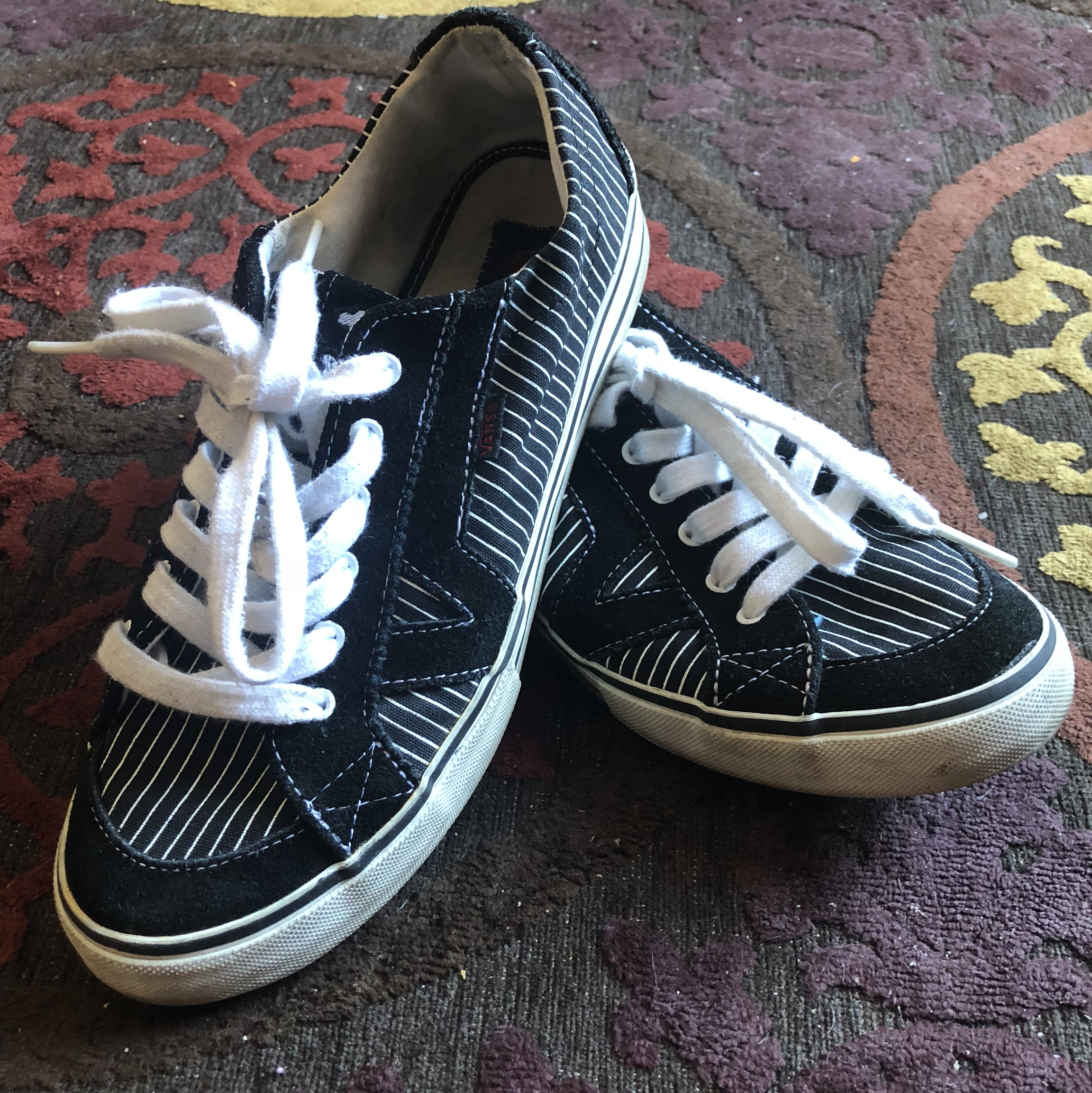 VANS Size 7.5 Tory black and white