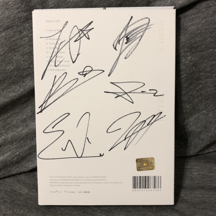 Astro All Light Album Signed by all members    - Depop