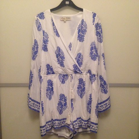 0fc2b1c101 Gorgeous floral print white and blue bell sleeve playsuit 8 - Depop