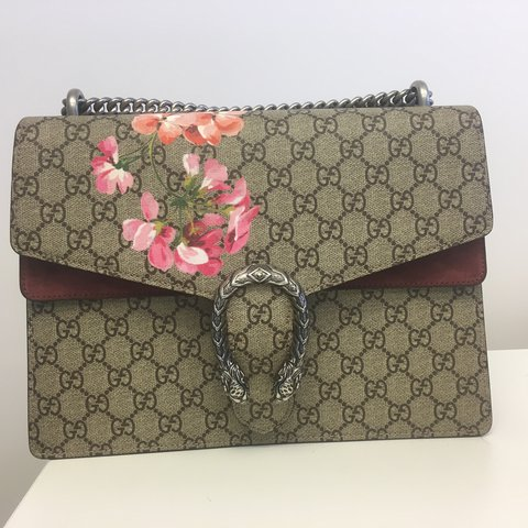 4fa62e0e0f6 Gucci Dionysus Blooms Medium Size 30x21x10 Perfect price - Depop