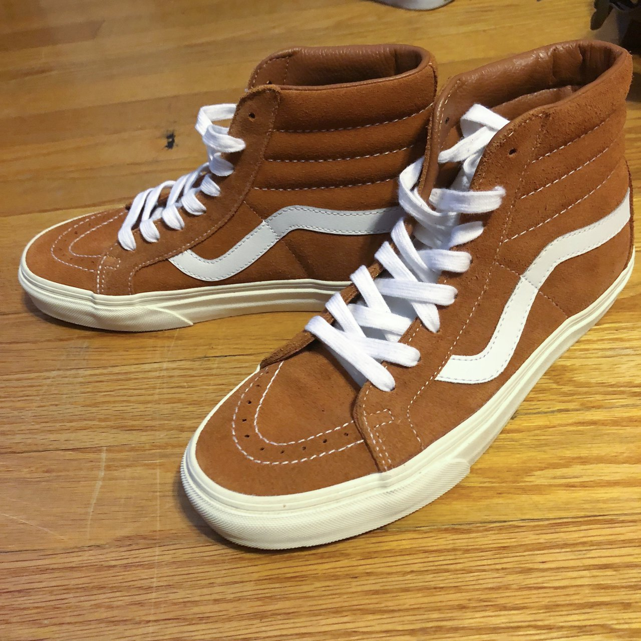 d32a24737940 brand new tan brown suede Vans.  55. Vans suede chukka low Good condition