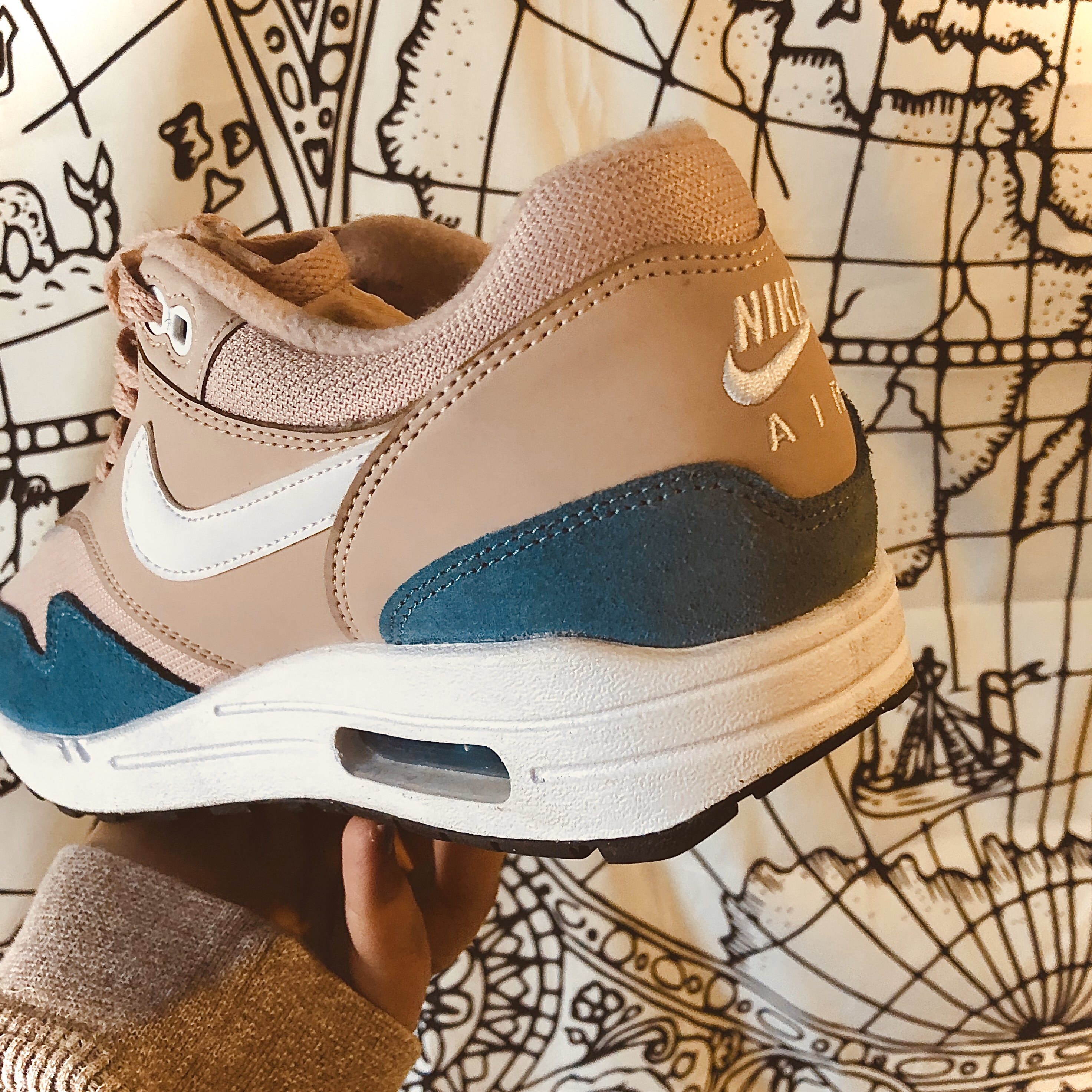 Air Max 1 Celestial Teal Particle Beige
