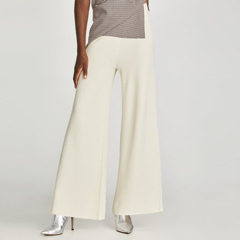 785760be Zara wide leg cream knit trousers. Size small would fit up a - Depop