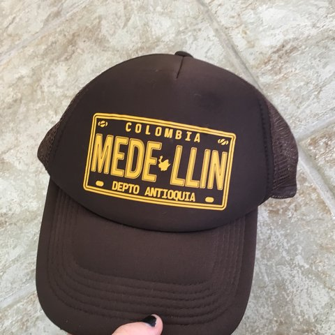 corred. 6 months ago. United States. Vintage Colombia Trucker Hat 5e5702f2b5a0