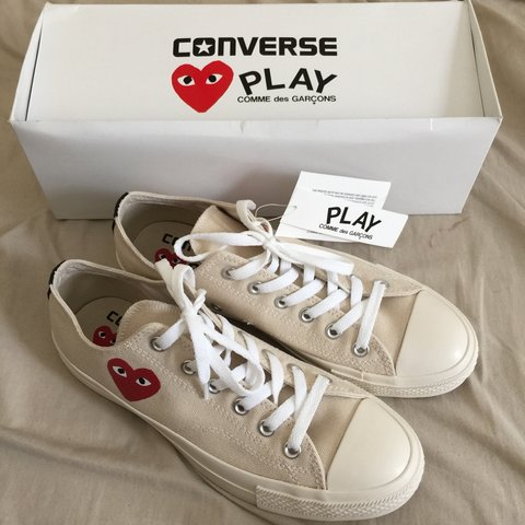d9267d8e4770 cdg comme des garcons converse play low in cream beige size - Depop