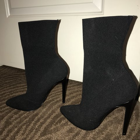 60330b62a58 STEVE MADDEN Claire Booties - Size 7 - only worn once -  100 - Depop