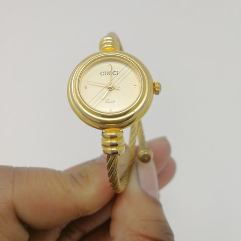 5a3c0c7f864 Vintage Gucci Gold Bracelet Watch In good condition a new - Depop