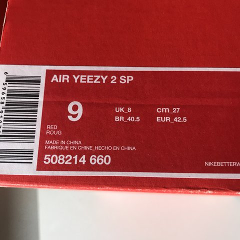 8f9d8f771c031 yeezy NIkE air red october brand new - Depop