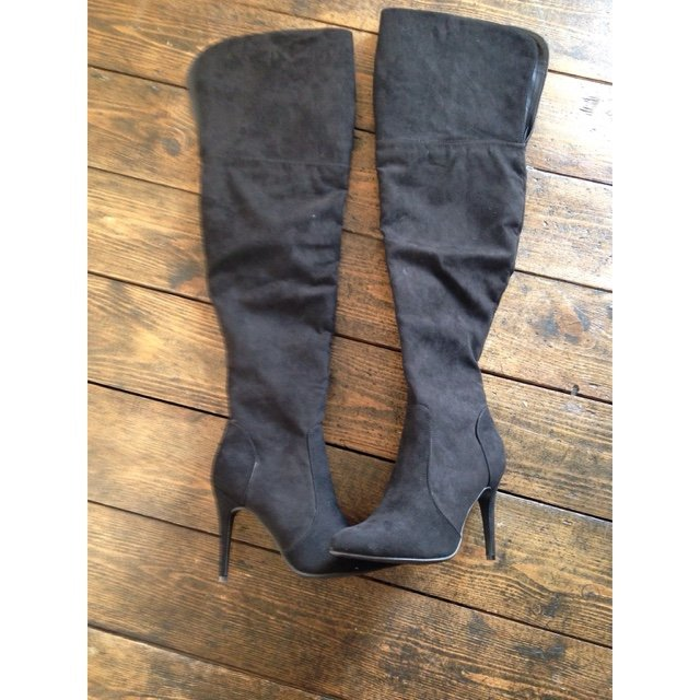 21bfd71c17e Over the knee pointed heeled boots. Faux suede. Size 5. Only - Depop