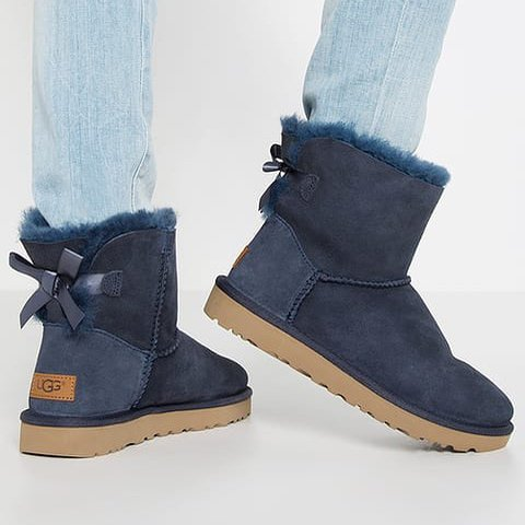 bailey bow uggs navy blue