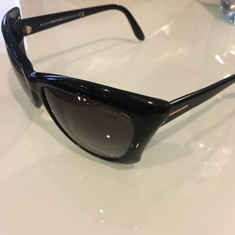 6bf05b8652d9 TOM FORD SUNGLASSES USED NO CASE INCLUDED Original Tom in - Depop