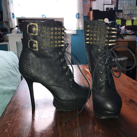 b973163b1 Circus by Sam Edelman heeled spiked booties - Depop