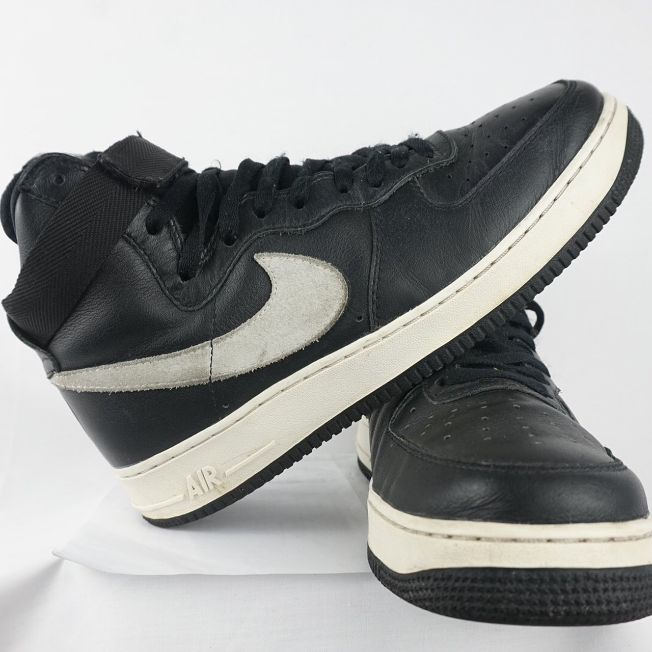 cheap for discount 7849c fbfc6  cjscb. 7 months ago. Tampa, United States. Nike Air Force One High Black  ...