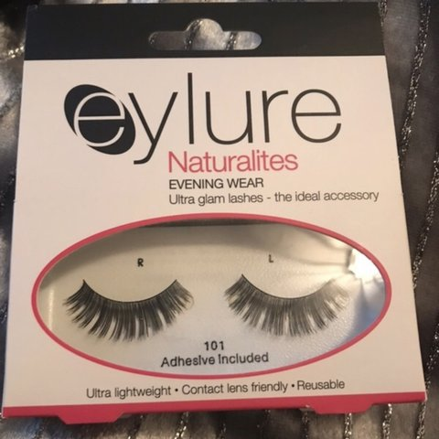 7cb973c5a28 5x boots eylure naturalite lashes ultra glam evening wear to - Depop