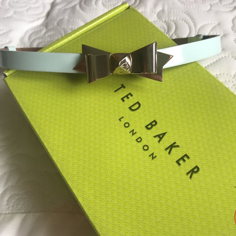 02cfafd60 Ted Baker Skinny Bow 100% Leather Belt in Powder Blue Worn - Depop