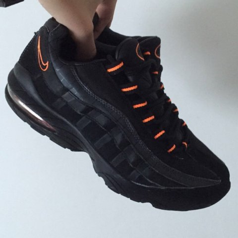 495a30a553 Exclusive Black and orange Nike air max 95s vintage so buy - Depop