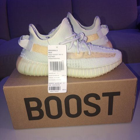 831b8d002 YEEZY BOOST 350 V2 HYPERSPACE UK5 ASIA EXCLUSIVE ON HOLIDAY - Depop