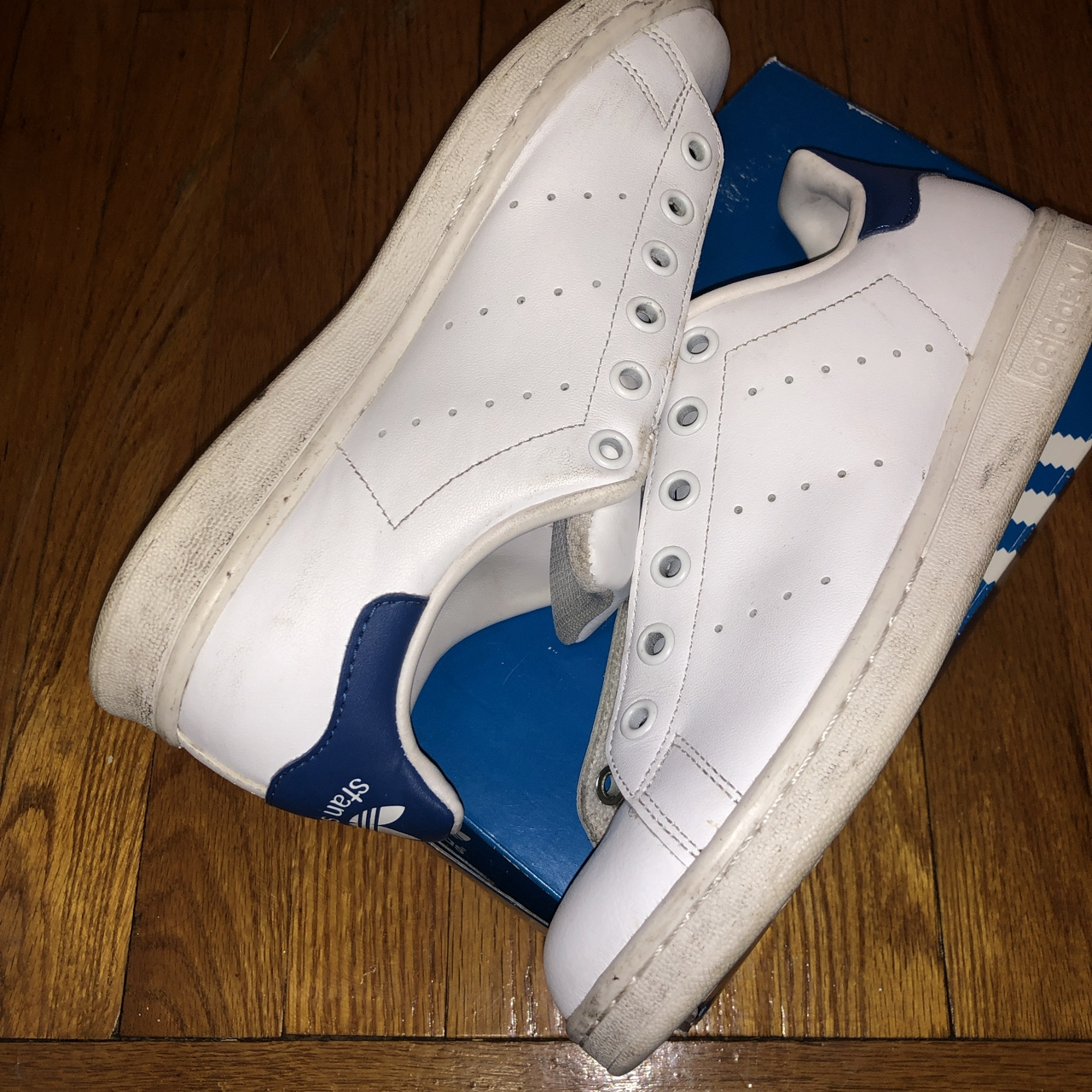 the latest 6499f 9bbf9 Adidas Stan Smith's GS Size 5.5Y NO LACES - Depop