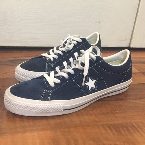 e04cff14bf3 Converse One Star Suede Ox Navy 9 10 Condition Only wore a - Depop