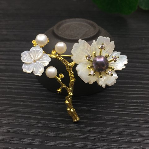 fe32c7b2796 Natural pearl brooch.It is new, never wear.Guarantee is a by - Depop