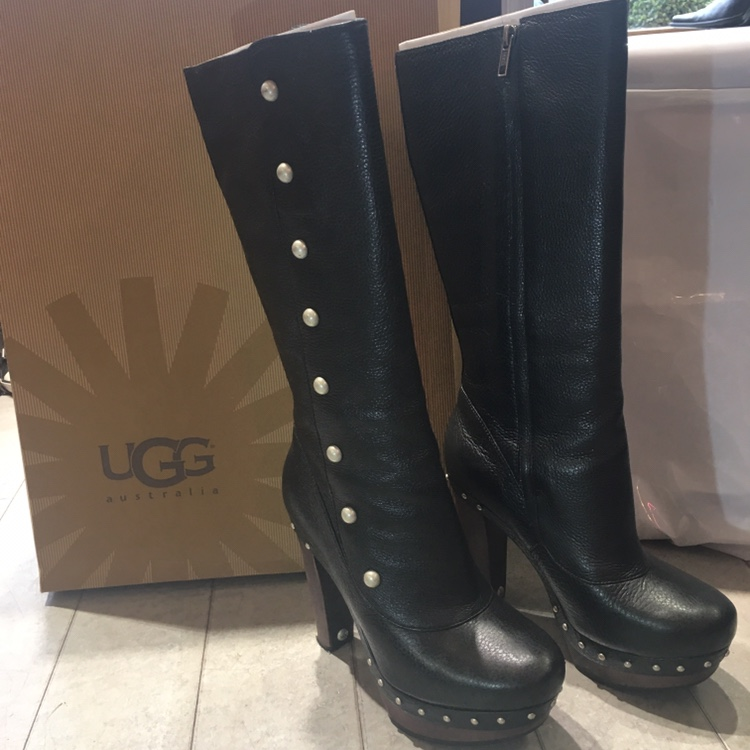 fe7cd675aa3 Stunning condition leather studded UGG boots. Model:... - Depop