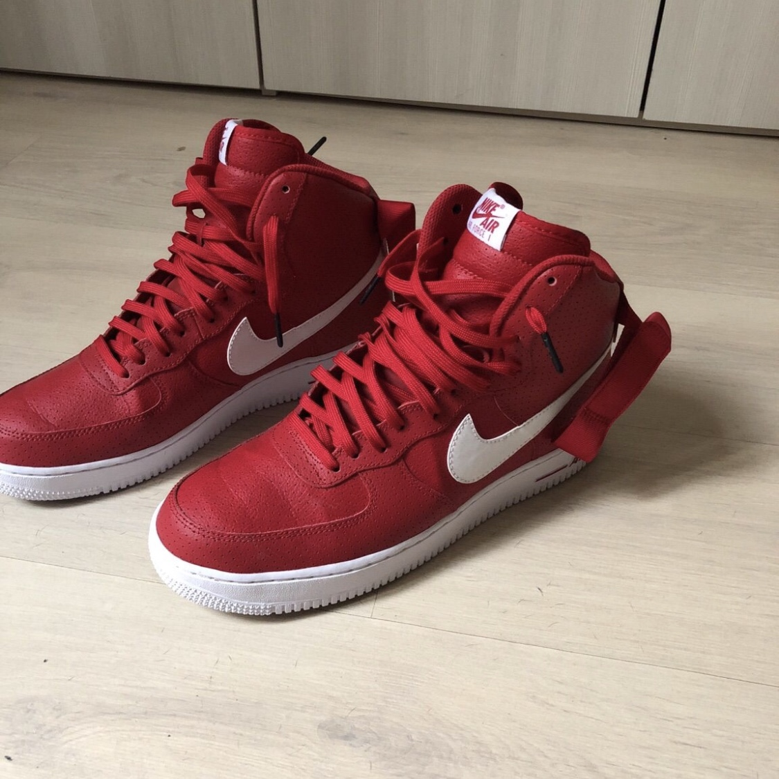 nike air force rosse alte