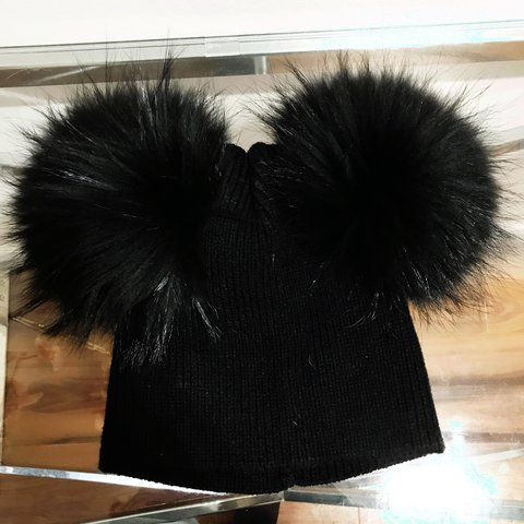 0ecfded0997 Amelia Jane real fur double Pom Pom hat. Boo Lea can be off - Depop