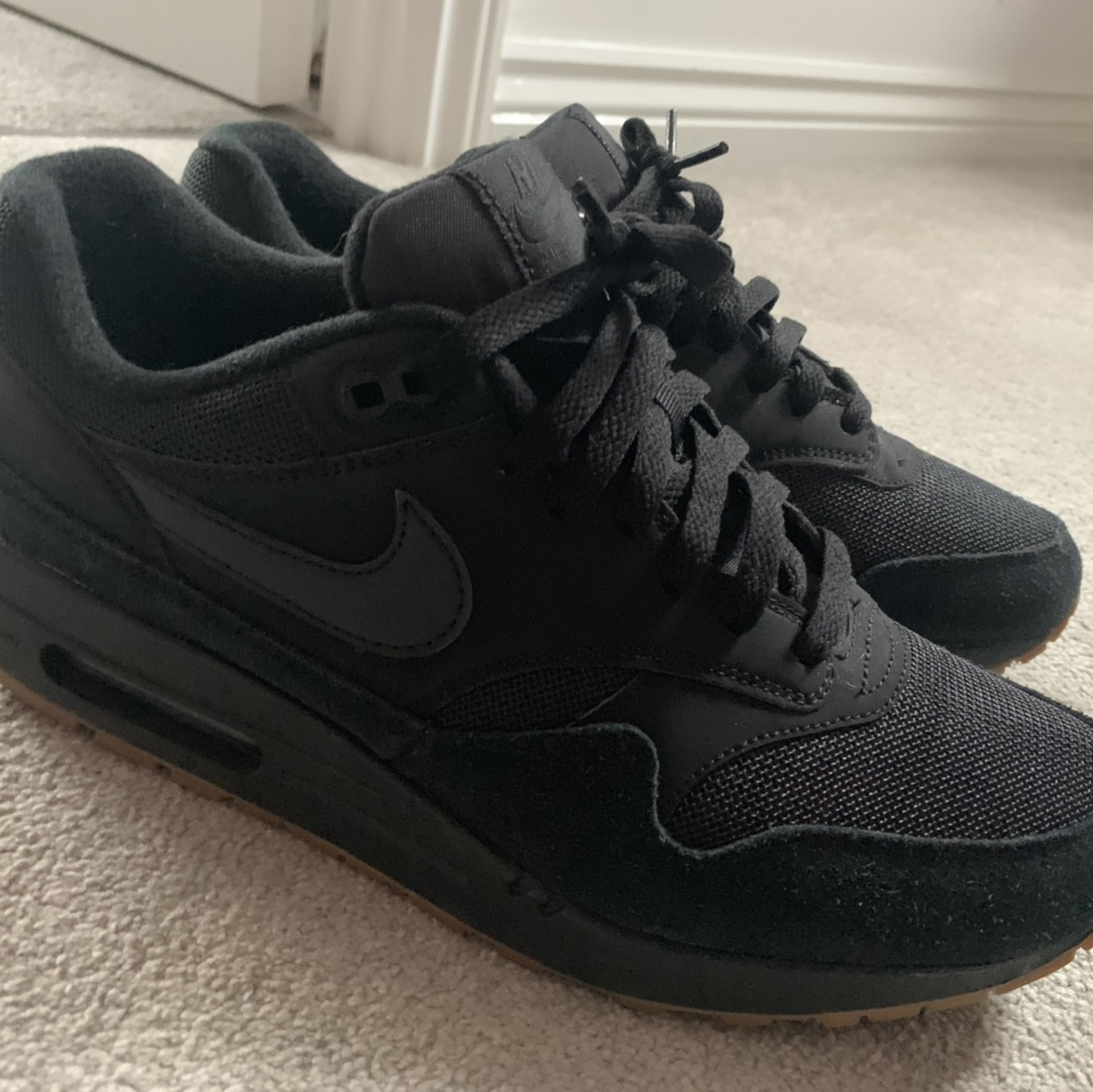 air max 1 black gum mens